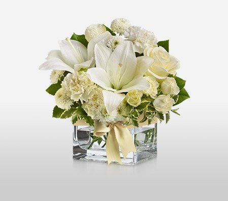 Silver and Green Flower | Country Flowers Delivery – Same Day Flower Delivery – Flowers Online – Birthday Flowers – Wedding Flowers – Spring Flowers – Cheap Flowers – International Flower Delivery – Online Flowers – Send Flowers – Wedding Bouquets – Aniversary Flowers