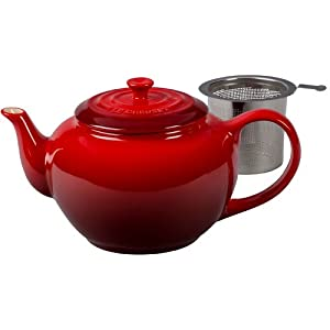 Le Creuset Cherry Stoneware Teapot with Stainless Steel Infuser, 1 Quart by Le Creuset