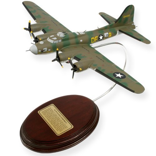 Mastercraft Collection B-17 Flying Fortress Model Kit
