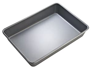 WearEver 68202 Commercial Oblong Cake Pan, Silver