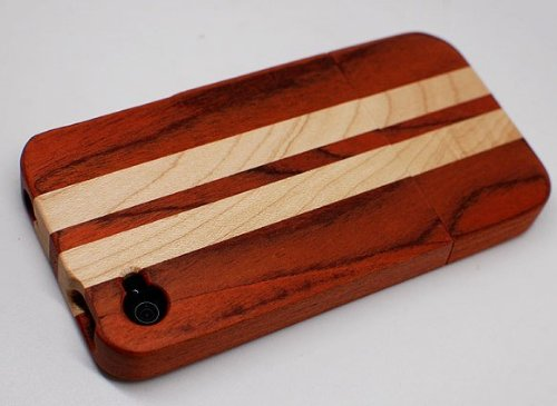 QUAD G TECH Handmade Walnut Wood Case with Stripes for iPhone 4 4S