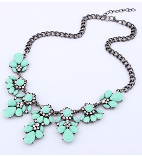 Vintage Resin Flower Bubble Bib Statement Pendant Necklace Choker Collar Jewellery (Light Green2) image