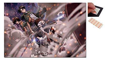 Poster di manga/anime Attack On Titan 91.5x61cm,con set da 4 pad adesivi riposizionabili per fissaggio alla parete