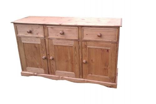 Wye Pine Traditional 5ft Sideboard - Finish: Unfinished - Stain: Waterbased