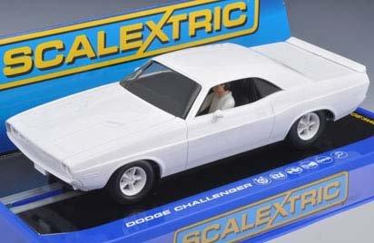 1/32 Scalextric Analog Slot Cars - Plain White - Dodge Challenger '70 - Usa Only (Digital Plug Ready) (C3444)