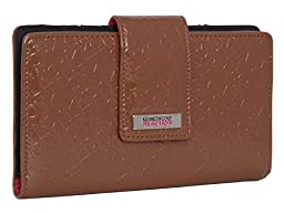 194534-877 Kenneth Cole Reaction Utility Clutch Marbled Style W/ Mirror (EMBOSSED EARTH)