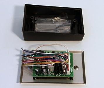 Celsus AAN2128 Adaptateur dantenne 2 x Fakra vers DIN avec ampli AM//FM