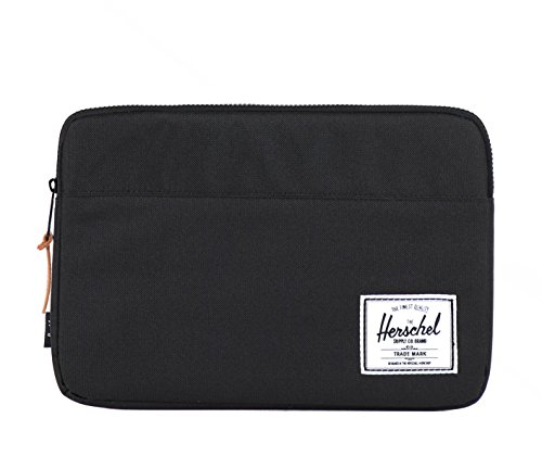 herschel-packing-organiser-anchor-sleeve-for-macbook-13-inch-black