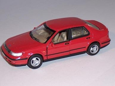 saab-95-9-5-limousine-sedan-rot-red-1-43-cararama-modellauto-modell-auto