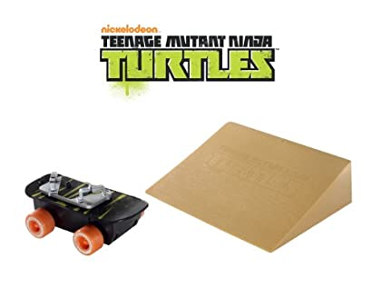 Teenage Mutant Ninja Turtles Sewer Spinnin' Skateboard & Stunt Ramp