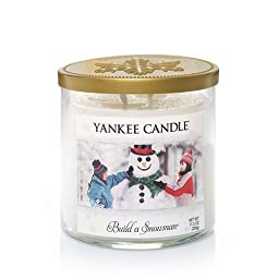 Winter Wonderland(C) Collection (Build A Snowman(C)) Medium Tumbler Candle - Yankee Candle