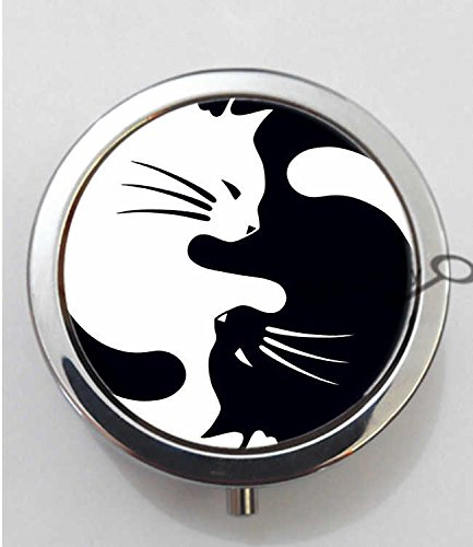 BlackKey Animal Cat Silhouette 3-Compartment Decorative Pocket Gift Box Case Organizer for Pill, Color 1 -450