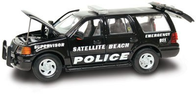 Gearbox Satellite Beach Police Expedition 1:43 Scale - 1