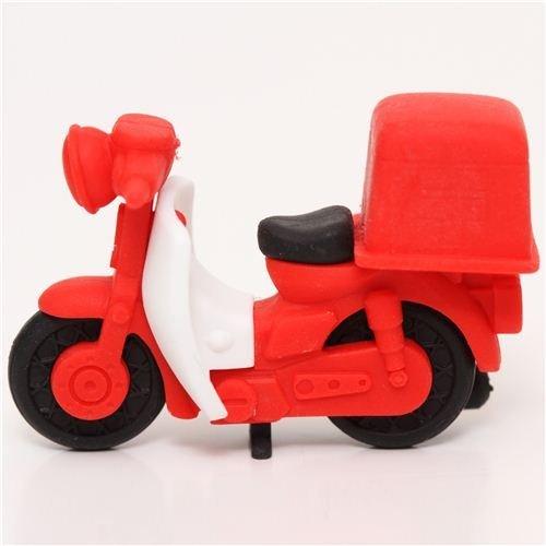 gomma-per-cancellare-scooter-posta-rosso-di-iwako