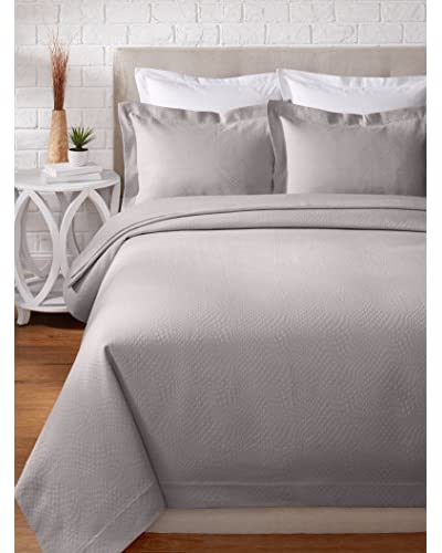 Peacock Alley Durham Coverlet Set