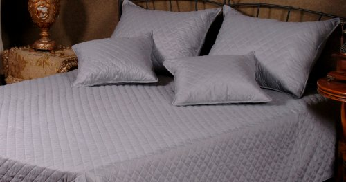 Christmas Bedspreads And Comforters front-1077026