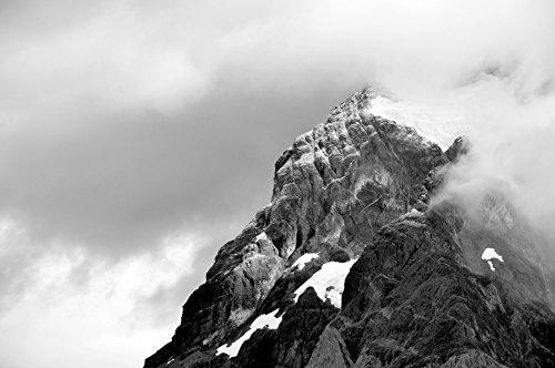 photo-tirage-dart-montagne-enneigee-noir-et-blanc-parc-national-ohiggins-patagonie-chili