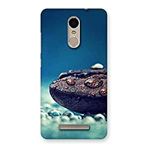 Cute Pebbels Chocolate Drops Multiple Back Case Cover for Xiaomi Redmi Note 3