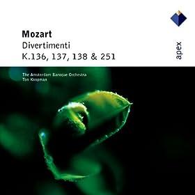 Mozart : Divertimento in B flat major K137 : III Allegro assai