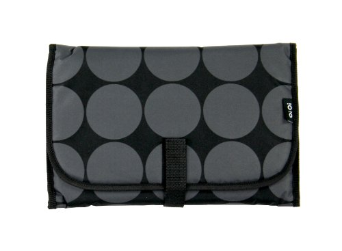 oioi-charcoal-dot-change-mat-kit-with-lime-lining