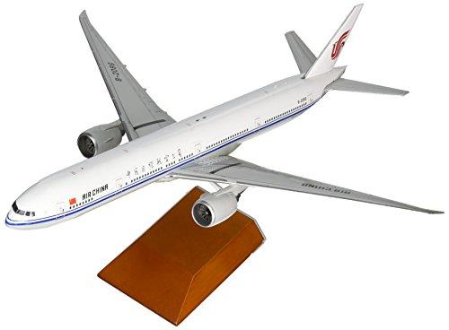 gemini200-air-china-777-300er-airplane-model-1200-scale