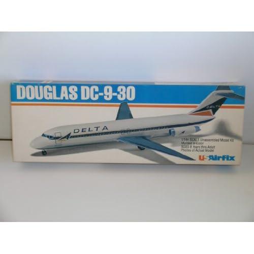 """.com: US Airfix """"Delta Douglas DC-9-30 Airliner"""" Plastic Model Kit"""