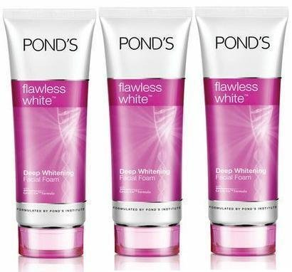 ponds-flawless-white-deep-whitening-facial-foam-100g-pack-3