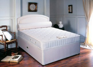 """3' 0"""" x 5' 3"""" Sleepytime Deluxe Divan with Micro Quilted Sprung Interior Mattress"""