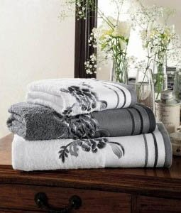 Beautiful Luxurious Eygiptian Cotton Embroidered Flower Design Bath Sheet in Solid Grey with Grey Detail (Pictured Centre) Size: 90x140 CM