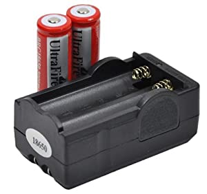 New 2PCS UltraFire 3.7V 18650 3000mAh Rechargeable Battery For Flashlight + charger