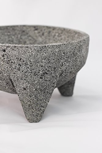 Tumia 21cm Mexican Lava Rock Pestle and Mortar Set (Molcajete) (21cm)