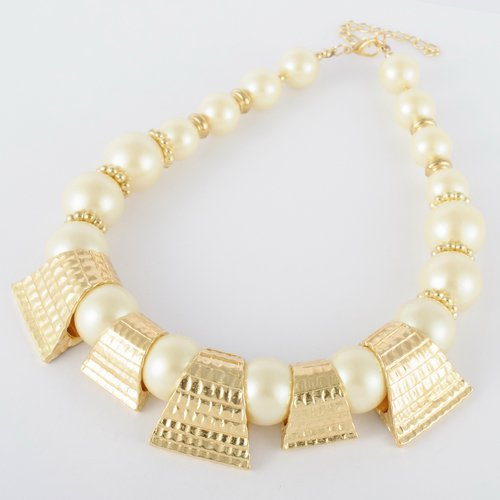 Fashion Golden Chain Trapezoid White Pearl Beads Cluster Pendant Statement Necklace