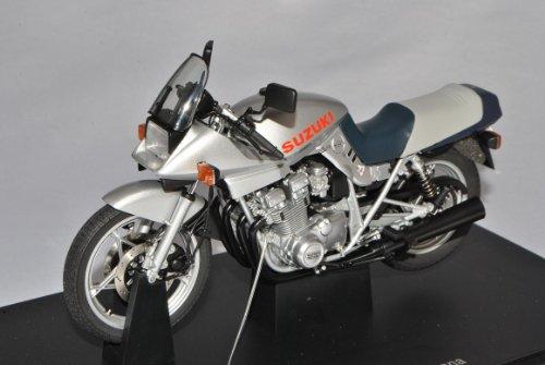Suzuki GSX 1100S Katana Silber 12151 1/10 AutoArt Modell Motorrad