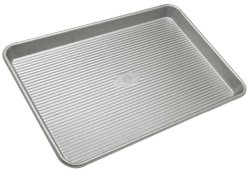 USA Pans 10 x 15-Inch Aluminized Steel Jellyroll Pan with Americoat