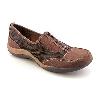 Women's Soft Style® Landon (9 W in Dark Brown Faux Suede/Mesh)