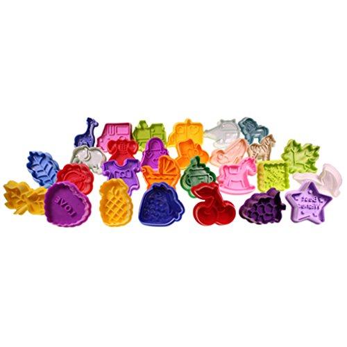 Lot de 28 emporte pièce moules 3D avec poussoir en plastique pour biscuits par Kurtzy TM