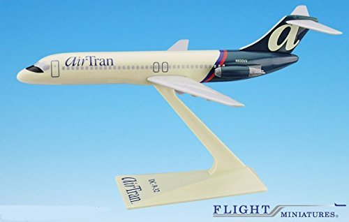 AirTran (97-04) DC-9 Airplane Miniature Model Snap Fit 1:200 Part#ADC-00903H-012 (Airtran Model compare prices)