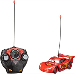 Dickie Voiture radiocommandee RC Lightning Flash McQueen Cars 2 1:24