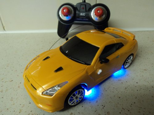 Nissan Skyline GTR Style Remote Control Car RECHARGEABLE Drift RC Car 4WD (FAST SPEED) 1/24 SCALE