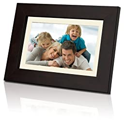 Coby 7-Inch Widescreen Digital Photo Frame DP732 (Wooden Design)