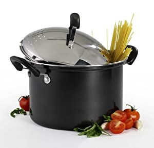 basis essentials 5 quart carbon steel pasta pot with strainer lid locking strainer. Black Bedroom Furniture Sets. Home Design Ideas