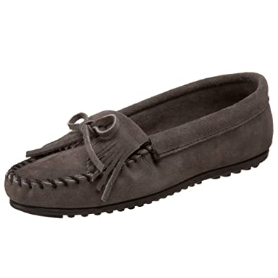Minnetonka Women's Kilty Moccasin,Grey,5 M US