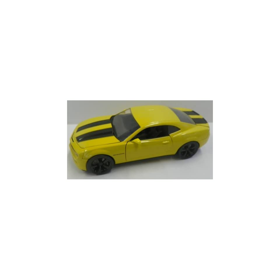 Jada Toys 1/24 Scale Diecast Big Time Kustoms 2010 Chevy Camaro Ss in Color Yellow with Black Stripes