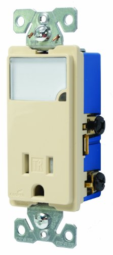 Cooper Wiring Devices Tr7735V-Box 3-Wire Receptacle Combo Nightlight With Tamper Resistant 2-Pole, Ivory front-887688
