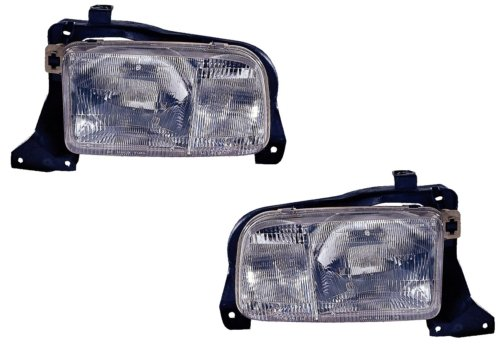 Chevy Tracker Replacement Headlight Assembly - 1-Pair (Chevy Tracker Wheels compare prices)