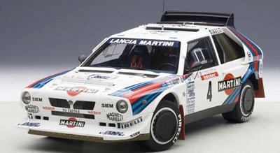 AUTOart 1/18 ランチア デルタ S4 1986 #4 (ツール・ド・コルス / トイヴォネン)
