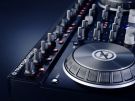 Máy DJ Native Instruments Traktor Kontrol S4 MK2