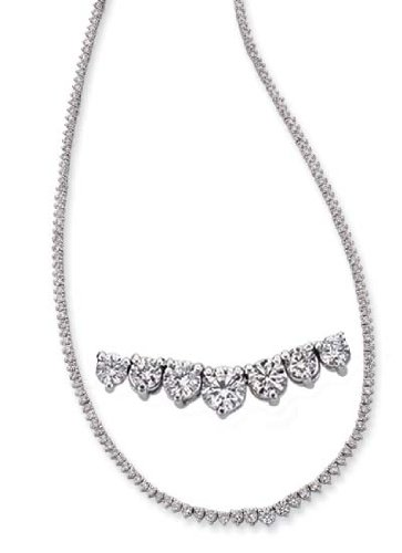 14k White Three Prong 8.2 Ct Diamond Necklace