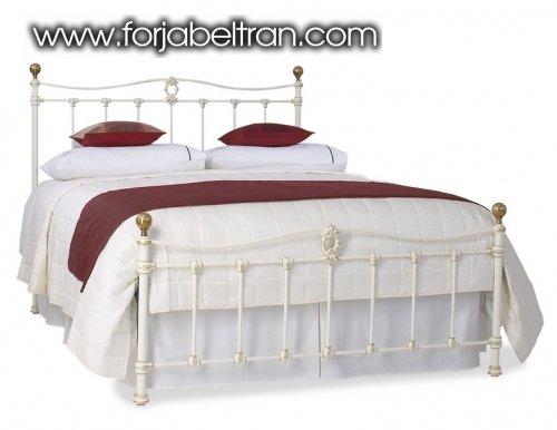 Chambres à coucher: Têtes de lit ou lits: modèle CAMELIA (haut)