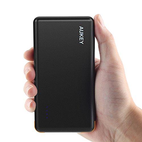 Aukey® 8000mAh Cargador Batería Externa portátil de5V/2A con Puerto de Entrada para iPhone iPad, iPod, Smartphone MP3, MP4, PSP, GPS Gopro y otros dispositivos